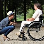 Dvigubai auga kompensacijos, už kurias neįgalieji gali įsigyti ar pritaikyti automobilį